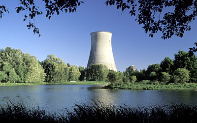 the economic advantages of nuclear energy Nuclear energy is the form of energy that the majority of the world uses there are a couple different forms of nuclear energy,  advantages of nuclear fusion 1.