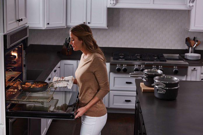 Calphalon Space Saving Cookware